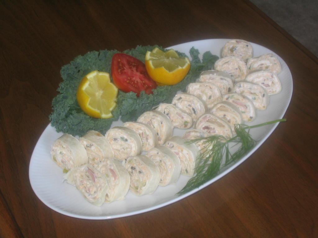 Wild alaskan smoked salmon pinwheels morey 39 s for Morey s fish